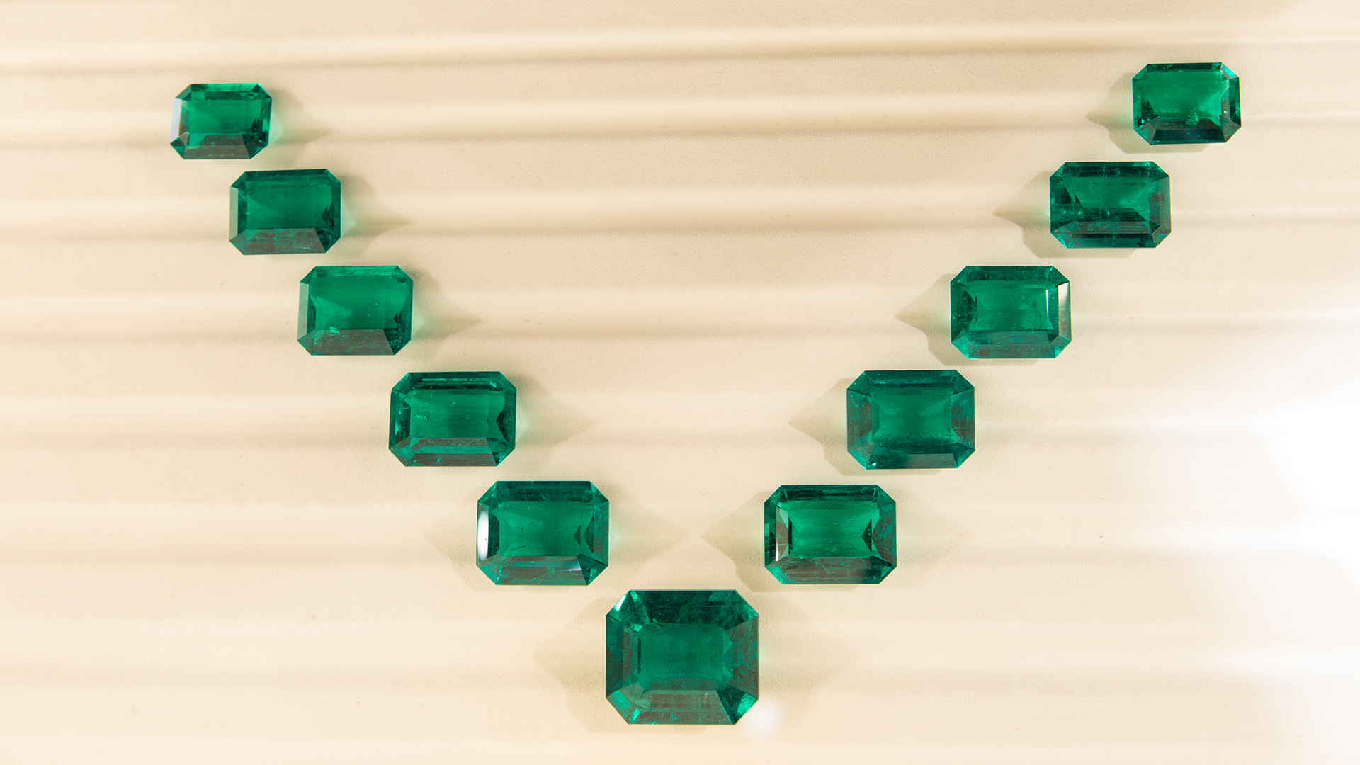4Gs Trading Corp layout of 11 emerald-cut emeralds – a total of 280 carats